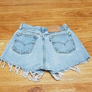Vintage Levi's 560 Cutoffs Shorts 💎